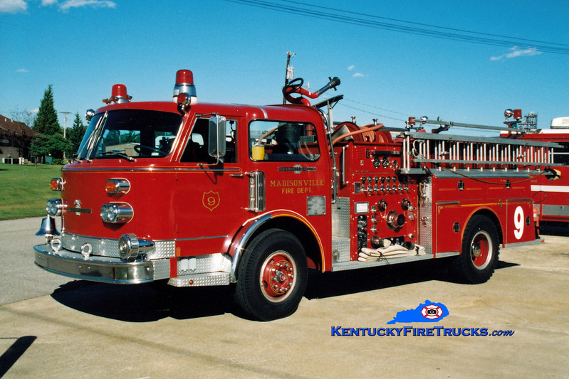 <center> RETIRED <br> Madisonville  Engine 9 <br> 1977 American LaFrance Century 1500/500 <br> Greg Stapleton photo </center>