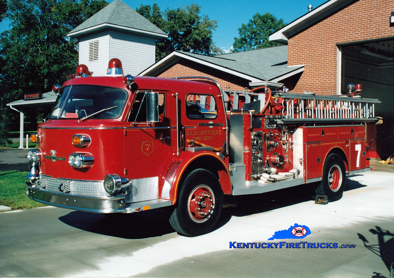 <center> RETIRED <br> Madisonville  Engine 7 <br> 1973 American LaFrance 1000 Series 1500/500 <br> Greg Stapleton photo </center>