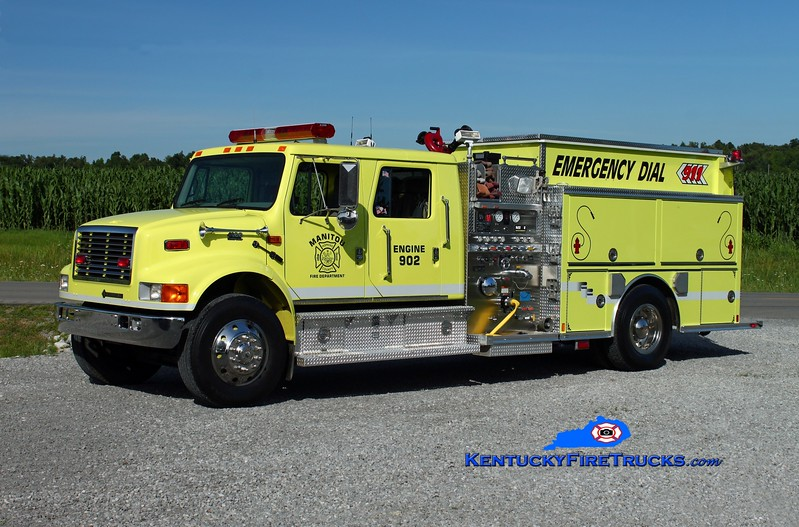 <center> Manitou   Engine 902 <br> x-Hanson, KY <br> 2001 International 4900/Central States 1250/1000 <br> Kent Parrish photo </center>