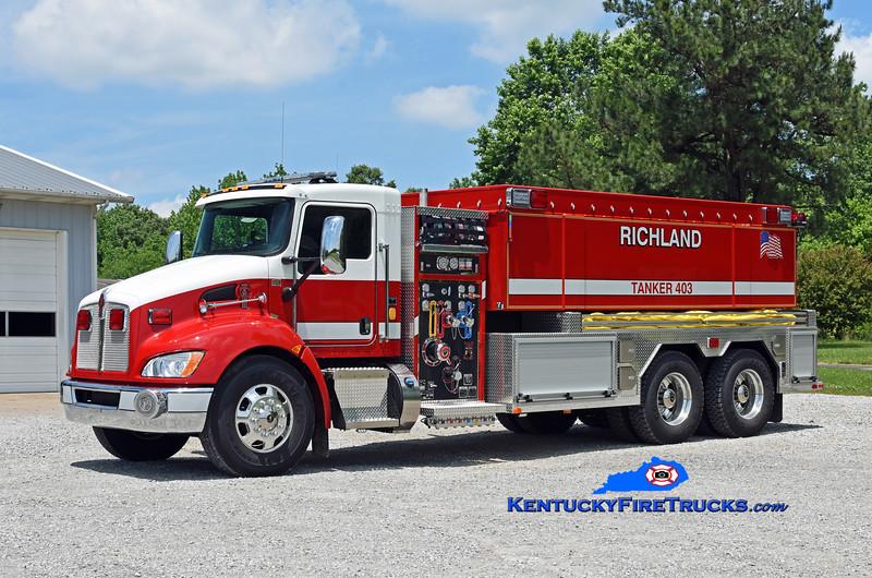 Richland  Tanker 403<br /> 2018 Kenworth T-300/Fouts Bros 750/3000/30<br /> Kent Parrish photo