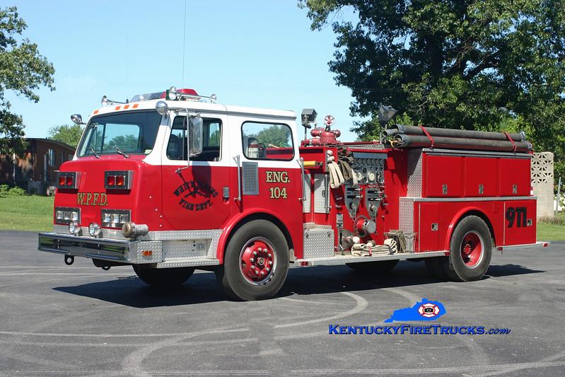 <center> RETIRED <br> White Plains  Engine 104 <br> x-Merrimack, NH <br> 1980 Continental Compac 1250/1000 <br> Kent Parrish photo </center>