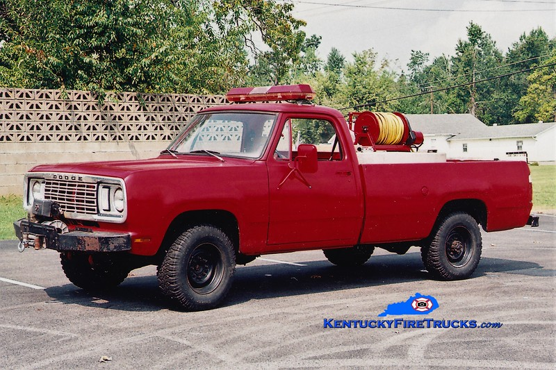 RETIRED<br /> White Plains Brush 103<br /> x-St. Charles, KY <br /> 1976 Dodge 4x4 250/250<br /> Greg Stapleton photo