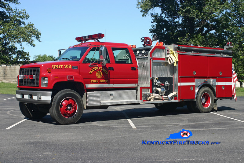 <center> White Plains  Engine 100 <br> 1999 GMC 8500/Ferrara 1250/1000 <br> Kent Parrish photo </center>