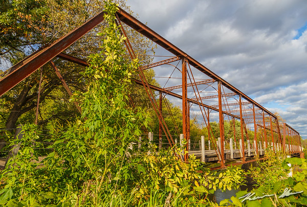 The Adel wagon bridge late on a fall afternoon