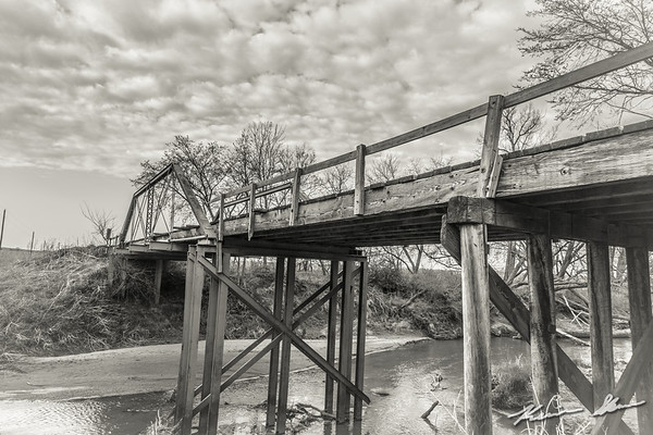 Yet another fading county bridge over the South Raccoon River