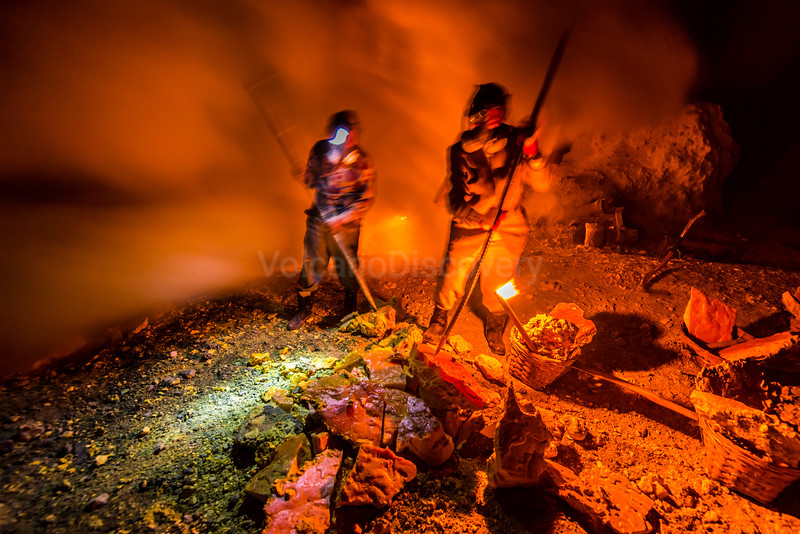 Sulphur workers at night