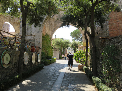 Ceramic shopping in Ravello!