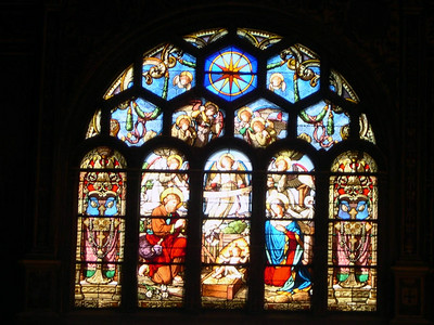 Stained glass inside the Duomo in Firenze.