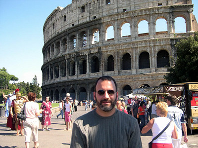 Here's Joe at the Colosseum in Roma (AD 72). Although we've been here a couple of times, we still go back. It's amazing.