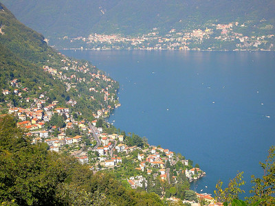 The town of Cernobbio (with Lezzano in the background)