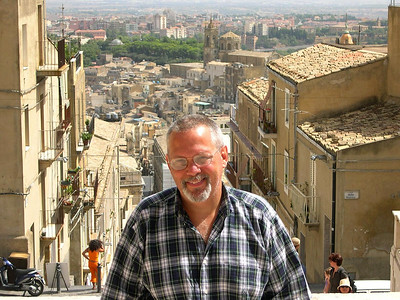 Ed in Caltagirone at the top of La Scala di Santa Maria.