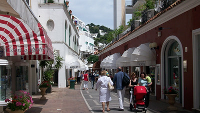 Shops and boutiques along via Botteghe in Capri.