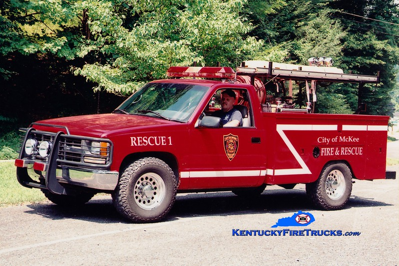 <center> McKee  Rescue 1  <br> 1995 Chevy/Stahl  50/200  <br> Greg Stapleton photo </center>