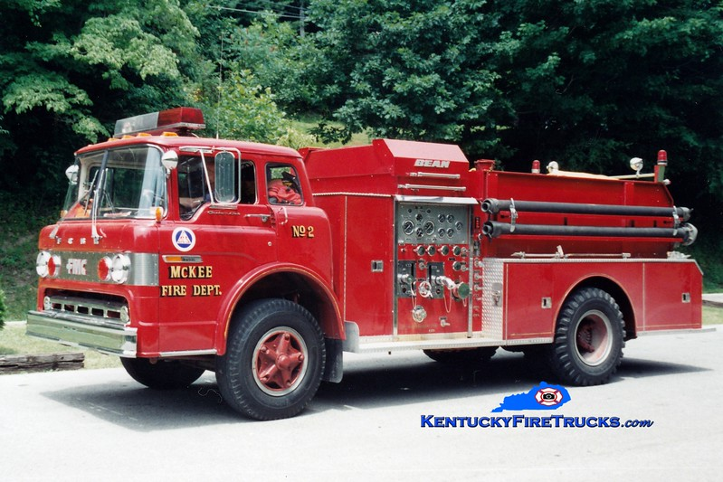 <center> RETIRED <br> McKee Engine 2  <br> 1978 Ford C/FMC-Bean 750/750  <br> Greg Stapleton photo </center>