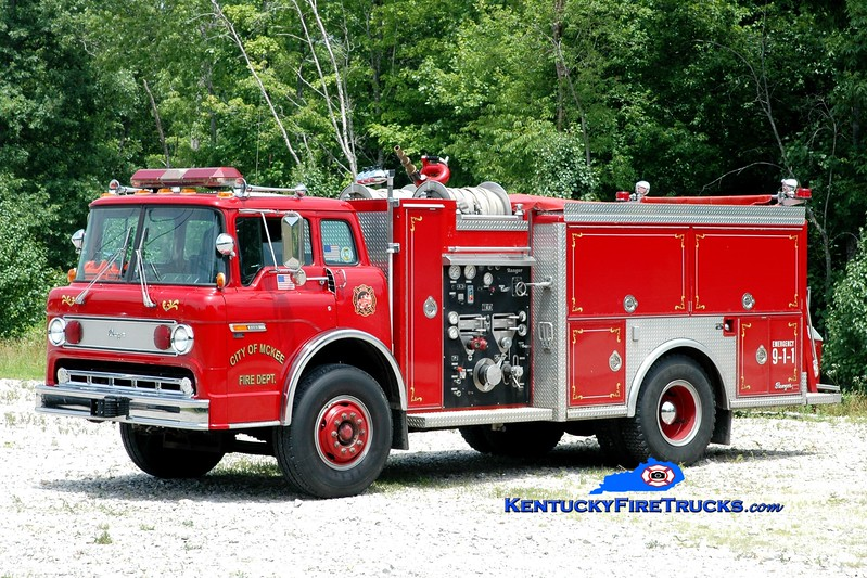 <center> McKee Engine 2  <br> 1988 Ford C8000/Ranger 1000/1000  <br> Greg Stapleton photo </center>