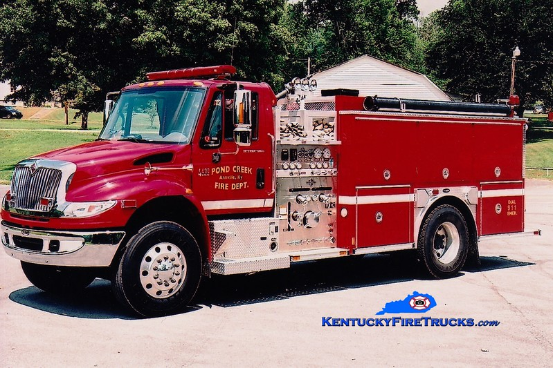 <center> Pond Creek  Engine 2  <br> 2006 International 4400/E-One 1250/1000  <br> Greg Stapleton photo </center>
