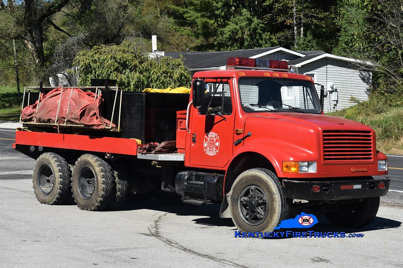 Sand  Gap  Tanker 1<br /> 1990 International 4900/Local 250/2200<br /> Greg Stapleton photo