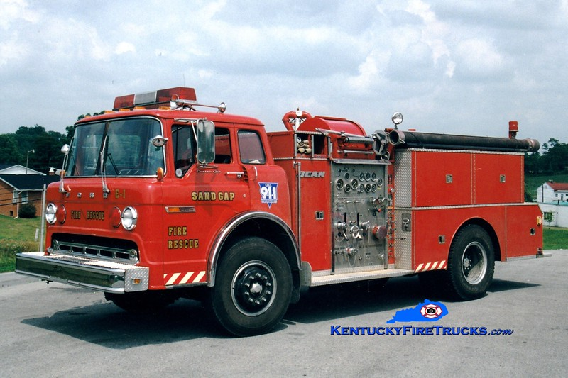 <center> RETIRED <br> Sand Gap  Engine 1  <br> 1979 Ford C/FMC-Bean 1000/1000 <br> Greg Stapleton photo </center>