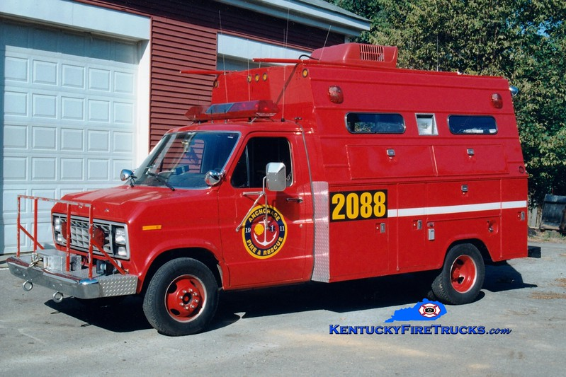 <center> RETIRED <br> Anchorage  Rescue 2088 <br> x-McMahan, KY; St Matthews, KY <br> 1981 Ford E-350/Stahl/Saulsbury  <br> Greg Stapleton photo </center>