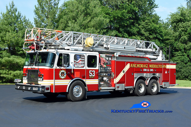 Anchorage Middletown Quint 9953<br /> x-Worthington <br /> 2002 E-One Cyclone II 1500/500/100'<br /> Kent Parrish photo