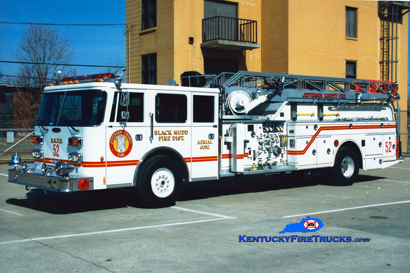 <center> NO LONGER IN SERVICE <br> Black Mudd Quint 6052 <br> 1993 Pierce Arrow/1968 Oren/Grove 1000/200/65' <br> Greg Stapleton photo </center>