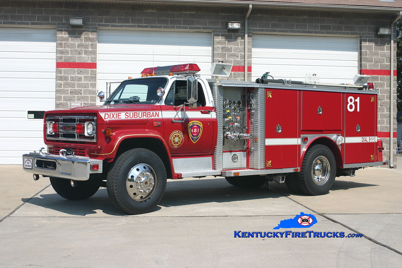 <center> RETIRED <br> Dixie Suburban  Rescue 3081 <br> x-Downingtown, PA <br> 1982 GMC 7000/E-One 250/300 <br> Kent Parrish photo <center> </center></center>