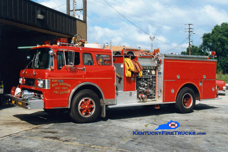 <center> RETIRED <br> Dixie Suburban  Engine 3025 <br> 1980 Ford C-900/Pierce 1000/750 <br> Greg Stapleton photo </center>
