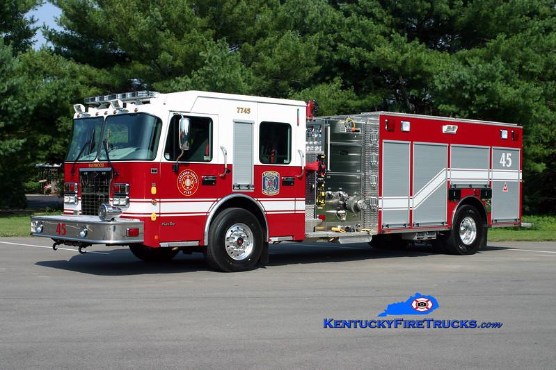 <center> NOW WITH ANCHORAGE MIDDLETOWN <br> Eastwood Quad 7745 <br> 2010 Spartan Metro Star/Toyne 2000/600/10/25 <br> Kent Parrish photo </center>
