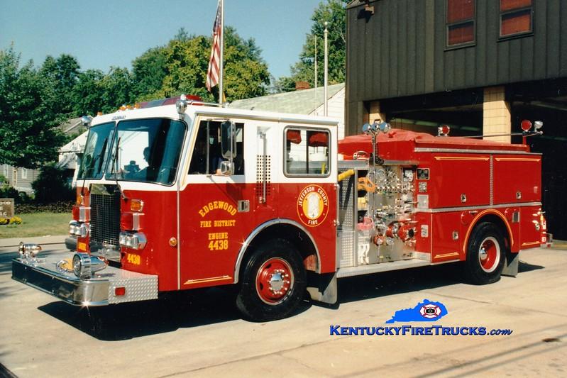 <center> RETIRED <br> Edgewood  Engine 4438 <br> 1987 Duplex D-500/Grumman 1250/1000<br> Greg Stapleton photo </center>