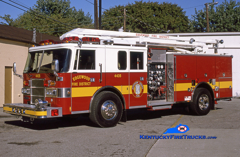RETIRED<br /> Edgewood Squrt 4435<br /> 1994 Pierce Lance 1500/500/54' Squrt<br /> Kent Parrish collection