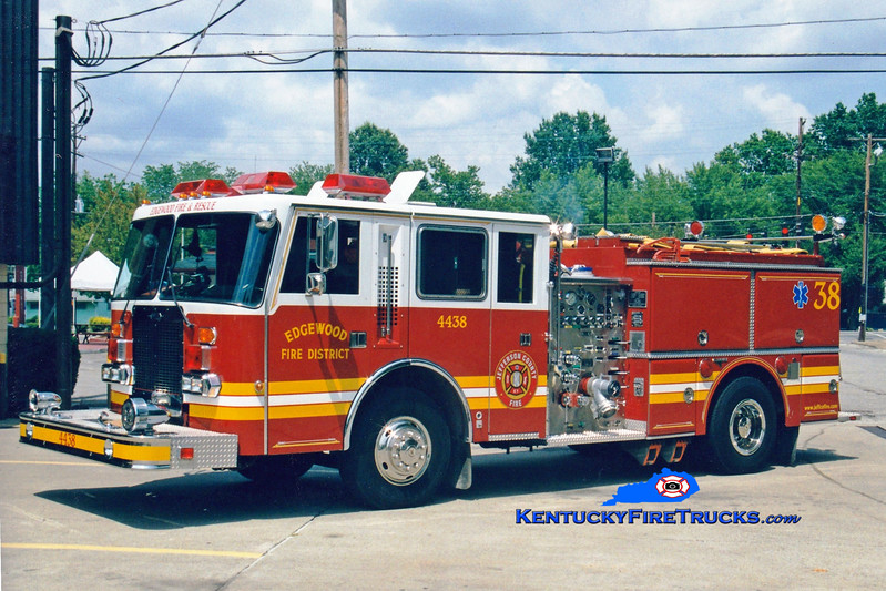 <center> RETIRED <br> Edgewood  Engine 4438 <br> 1987 Duplex D-500/Grumman/1999 RPI 1250/1000<br> Greg Stapleton photo </center>