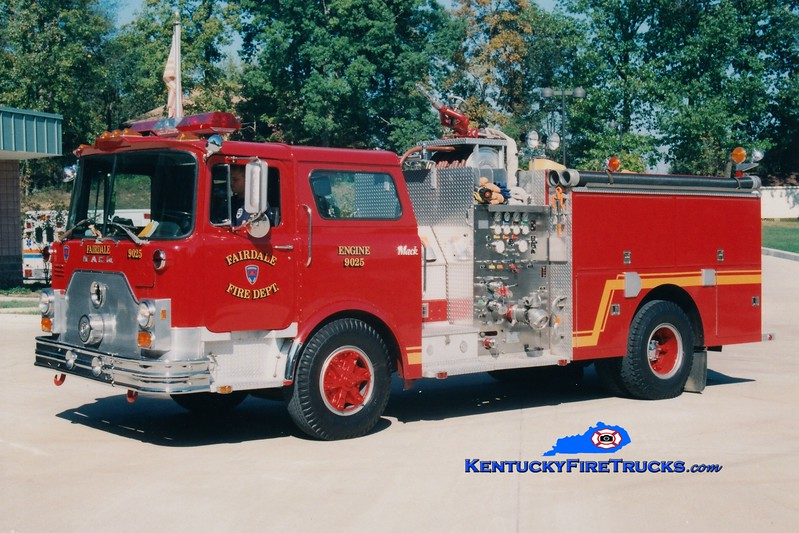 <center> RETIRED <br> Fairdale  Engine 9025  <br> 1978 Mack CF/1991 Summit 1000/500 <br> Greg Stapleton photo </center>