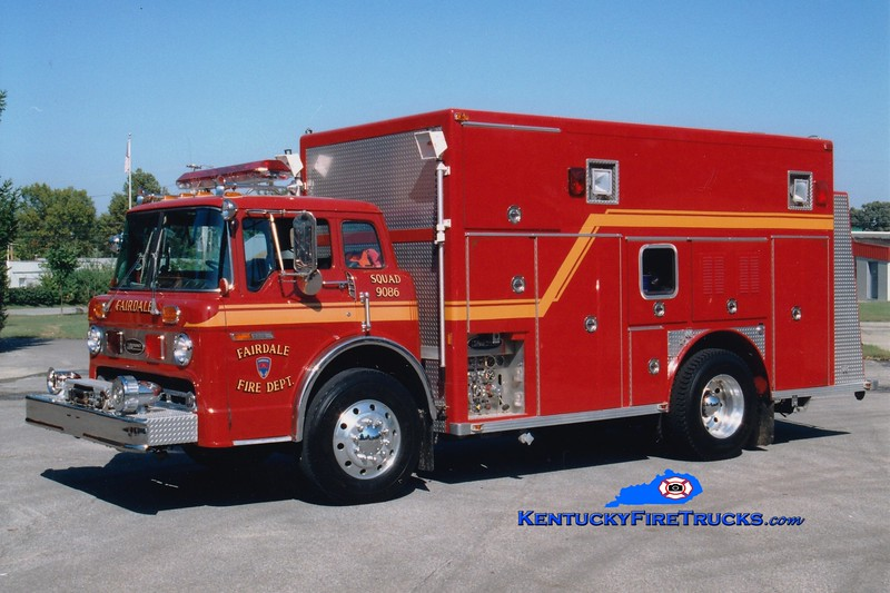 <center> RETIRED <br> Fairdale  Squad 9086  <br> 1986 Ford C-8000/E-One 250/300 <br> Greg Stapleton photo </center>