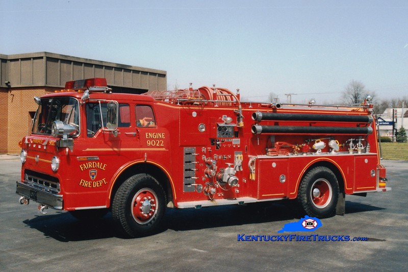 <center> RETIRED <br> Fairdale  Engine 9022  <br> 1972 Ford C-900/Howe 1000/1000 <br> Greg Stapleton photo </center>