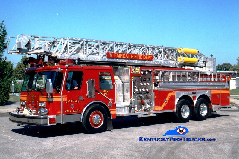 <center> Fairdale  Quint 9053 <br> 1987 E-One Hurricane 1250/300/80'  <br> Greg Stapleton photo  </center>