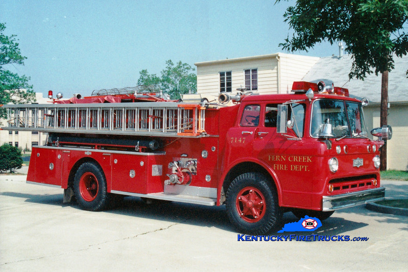 <center> RETIRED <br> Fern Creek  Quad 7147 <br> 1964 Ford C-850/Pirsch 1000/500 <br> Greg Stapleton photo </center>