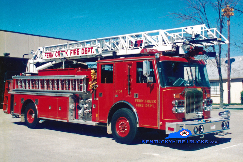 <center> RETIRED <br> Fern Creek  Quint 7151 <br> 1990 Duplex D-500/LTI 2000/400/75' <br> Greg Stapleton photo </center>
