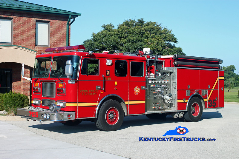 <center> Fern Creek  Engine 7135 <br> 1993 Seagrave Marauder 2000/750 <br> Kent Parrish photo </center>
