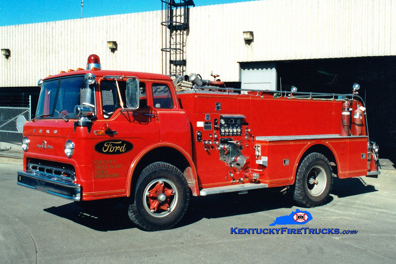 <center> ANTIQUE  Ford Motor's Kentucky Truck Plant  <br> 1969 Ford C-850/Howe 750/300  <br> Greg Stapleton photo <br> </center>