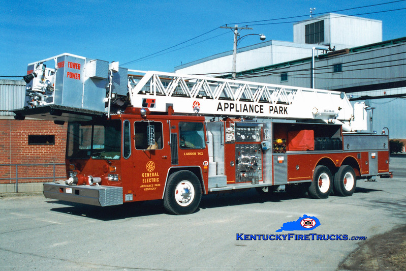 <center> RETIRED  <br> General Electric Appliance Park  Ladder 702 <br> 1983 Hendrickson/LTI 1500/300/85  <br> Greg Stapleton photo <br> </center>