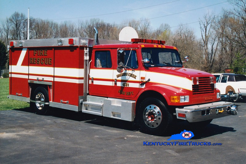 <center> RETIRED <Br> Harrods Creek  Rescue 1281 <br> 1992 International 4700/Summit  <br> Greg Stapleton photo </center>
