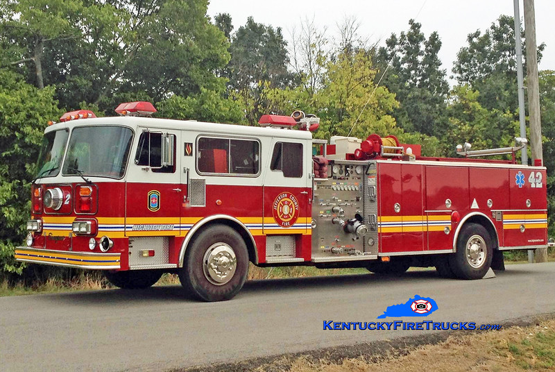 PRIVATELY OWNED <br /> Highview Quad 1142<br /> x-FDNY 100' aerial; Edgewood & Okolona, KY<br /> 1982/1997 Seagrave HB 1500/500<br /> Kent Parrish collection