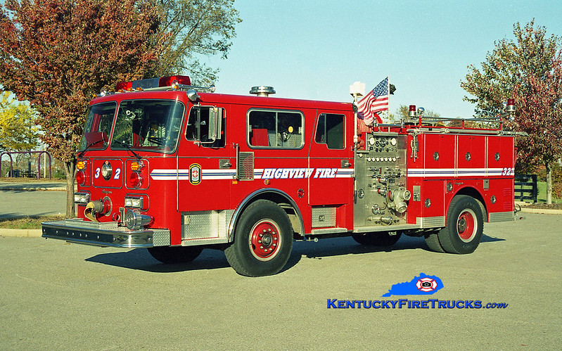 <center> RETIRED <br> Highview Engine 1132 <br> x-Engine 1136 <br> 1987 Seagrave HB 1500/500 <br> Kent Parrish photo </center>