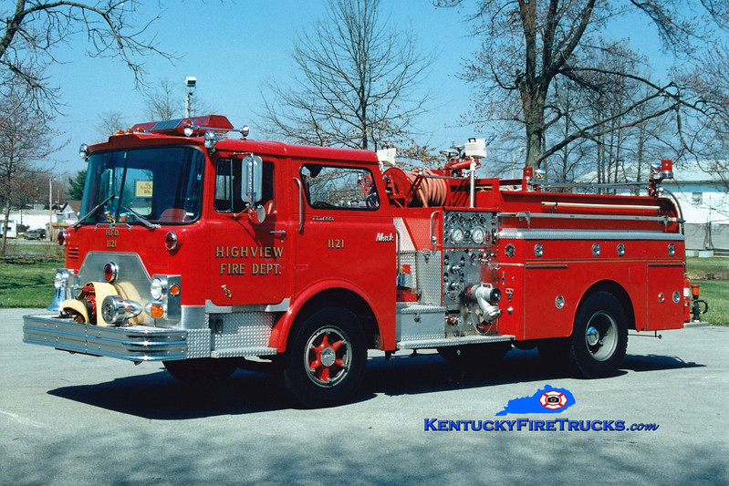 <center> RETIRED <br> Highview Engine 1121 <br> 1970 Mack CF 1000/500 <br> Greg Stapleton photo </center>