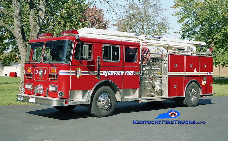 <center> RETIRED <br> Highview Squrt 1131 <br> 1991 Seagrave Commander 1500/500/54' Squrt <br> Kent Parrish photo </center>