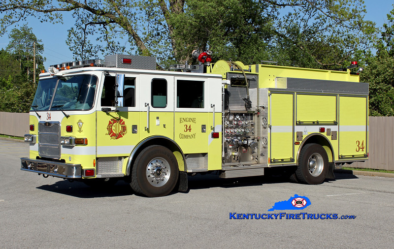 <center> Jeffersontown  Engine 3334 <br> 2008 Pierce Arrow XT 2000/750 <br> Greg Stapleton photo </center>