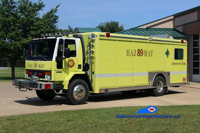 RETIRED<br /> Jeffersontown  Hazmat 3389<br /> x-Support 3389<br /> 1991 Ford CF-8000/Hackney<br /> Kent Parrish photo