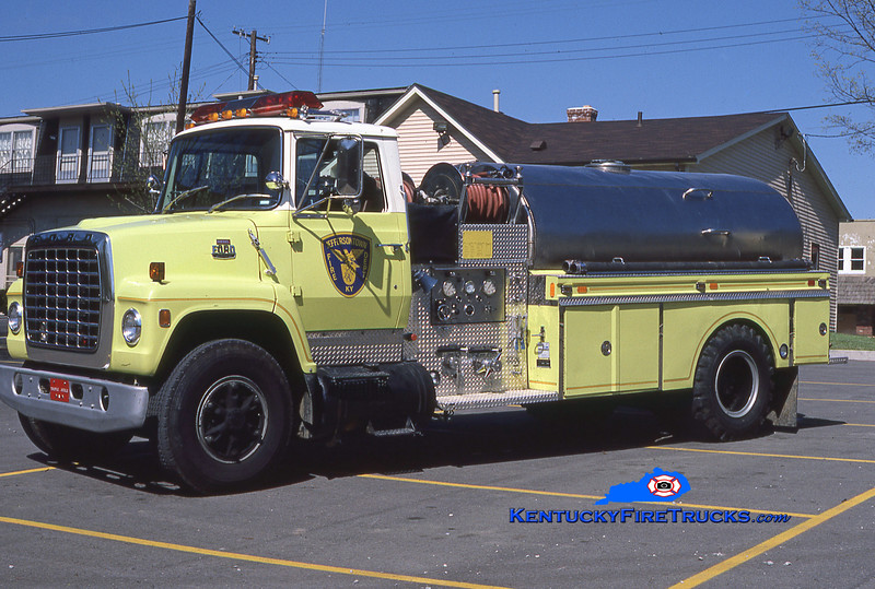 RETIRED<br /> Jeffersontown Tanker 3365<br /> 1981 Ford LN8000/Indiana 400/1850<br /> Kent Parrish collection