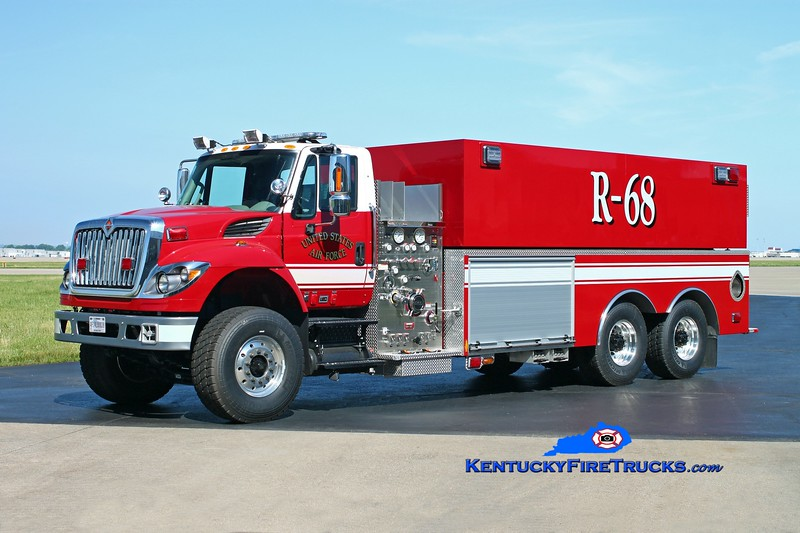 <center> Kentucky Air National Guard  Rescue 68 <br> 2014 International 7400/KME P-28 1250/3000 <br> Kent Parrish photo </center>