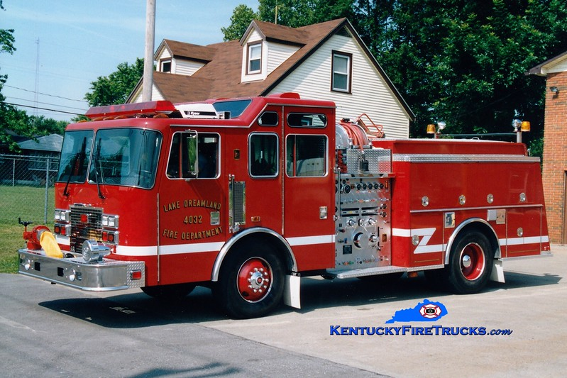 <center> NOW WITH PLEASURE RIDGE PARK <br> Lake Dreamland  Engine 4032 <br> 1994 KME Renegade 1500/750 <br> Greg Stapleton photo </center>
